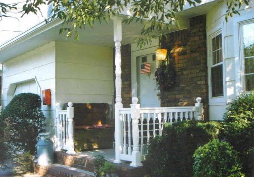 Pvc railing photos for Colonial porch columns