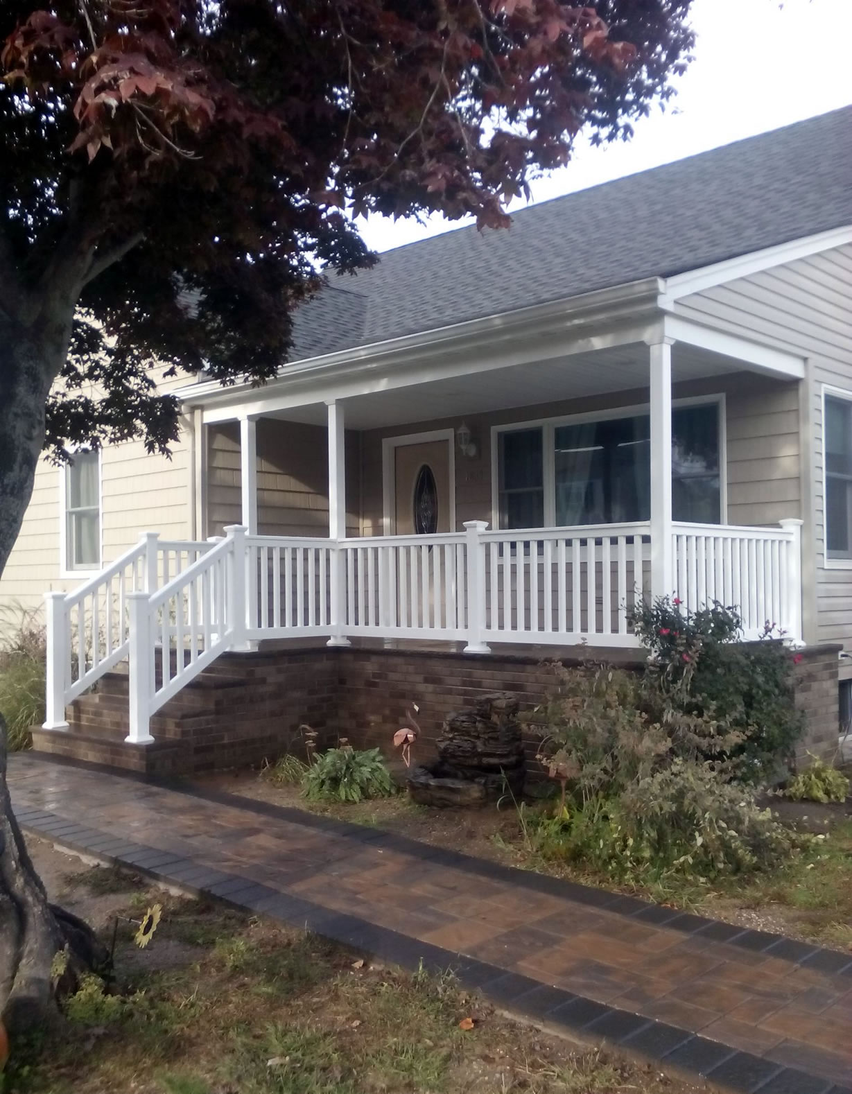 Phoenix Style Railing Installed with Basic Square Porch Columns