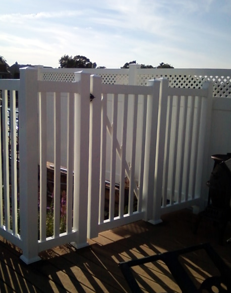 Raleigh Style PVC Railing with Pickets with Matching Gate